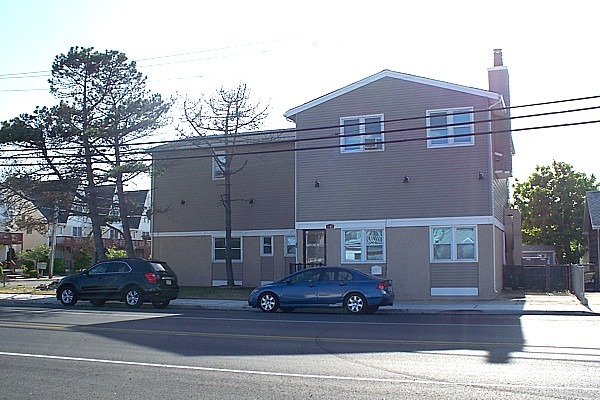 Listed By Kania Real Estate Holding LLC Seaside Park NJ Contact Our Agent Mr Das At 732 629 1866 Rental 1SPNJ