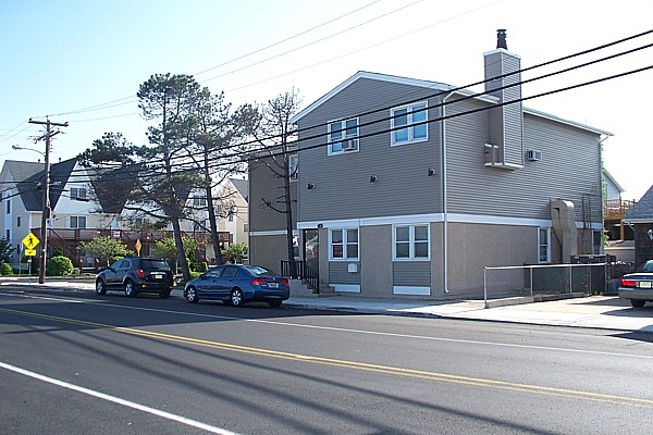 Listed By Kania Real Estate Holding LLC Seaside Park NJ Contact Our Agent Mr Das At 732 629 1866 Rental 1SPNJ Upstairs Townhouse